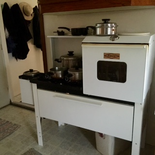 Amish Wedding Dinner Stove
